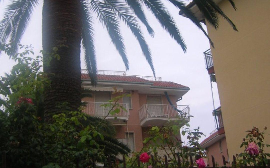Grazioso appartamento a 400 m dal mare a Pietra Ligure