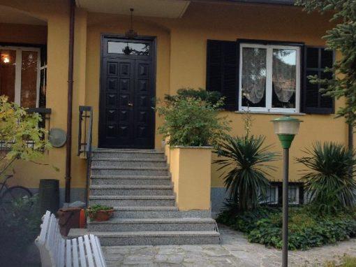 Villa indipendente adiacente centro di Rescaldina
